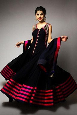 Gorgeous Black Georgette Anarkali Suit @ Rs2781.00