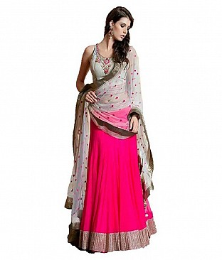 Rajni Self Design women's Lehenga, Choli and Dupatta Set @ Rs2112.00