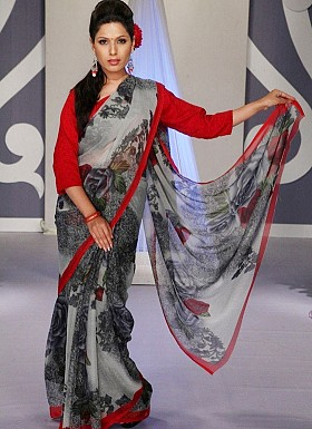 Grey with Rose Chiffon Print Saree With Blouse @ Rs617.00