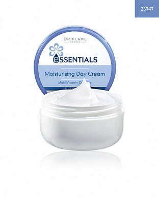 Essentials Moisturising Day Cream 75ml@ Rs.339.00