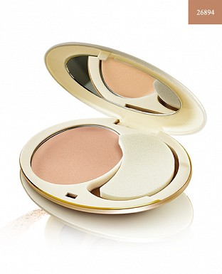 Giordani Gold Age Defying Compact Foundation SPF 15 - Porcelain 10g@ Rs.1184.00