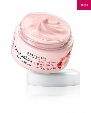 Love Nature Day Cream Wild Rose 50ml @ Rs339.00
