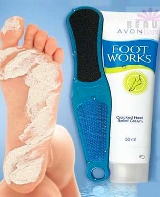 Avon Foot Works Double Action Foot File Only (Cream Not Included) -15140@ Rs.205.00