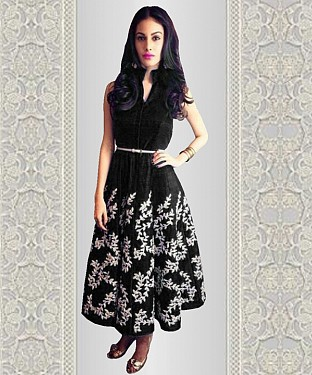 New Black Embroidered Designer Anarkali Kurti @ Rs1173.00