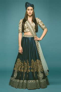 Latest Blue Beautiful Designer Lahenga Choli@ Rs.4943.00