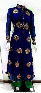 Fashionable New Salwar Suit @ Rs1482.00