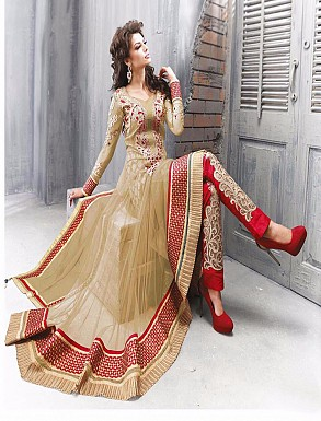 Thankar Amazing Heavy Designer Cream Embroidery Anarkali Suit @ Rs1482.00