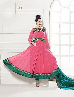 THANKAR HEAVY FLOOR LENGTH PEACH AND GREEN ANARKALI SUIT @ Rs1606.00