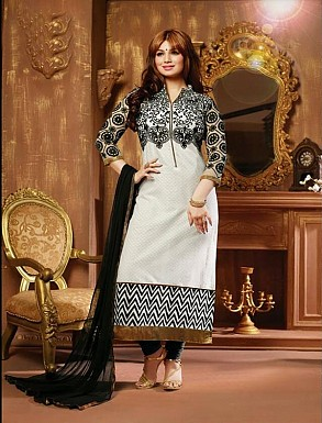 THANKAR BLACK AND WHITE COTTON STRAIGHT SUIT @ Rs988.00