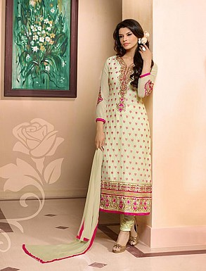 THANKAR OFF WHITE HEAVY EMBROIDERY STRAIGHT SUIT @ Rs1544.00