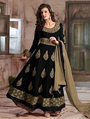 New Attractive Black Anarkali Suit @ Rs4016.00