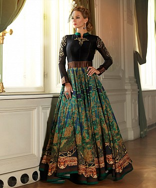New Attractive Black Anarkali Suit @ Rs3954.00
