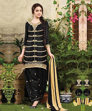 EMBROIDERED BLACK PATIYALA STYLE SALWAR KAMEEZ @ Rs1235.00
