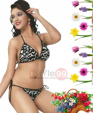 Honeymoon Bra & Panty Set @ Rs308.00