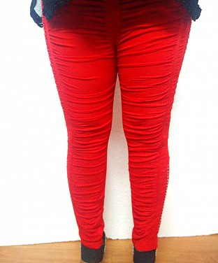 Stretchable Diamond Crushed Leggings - Red @ Rs411.00