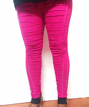 Stretchable Diamond Crushed Leggings - Pink@ Rs.411.00